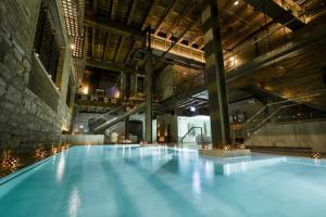 AIRE Ancient Baths Chicago
